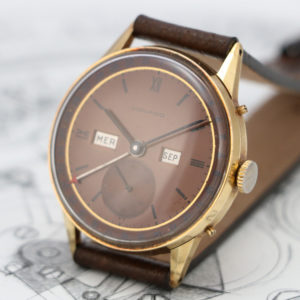 1940's Movado Calendograf triple date ref 4776 - 18kt yellow gold