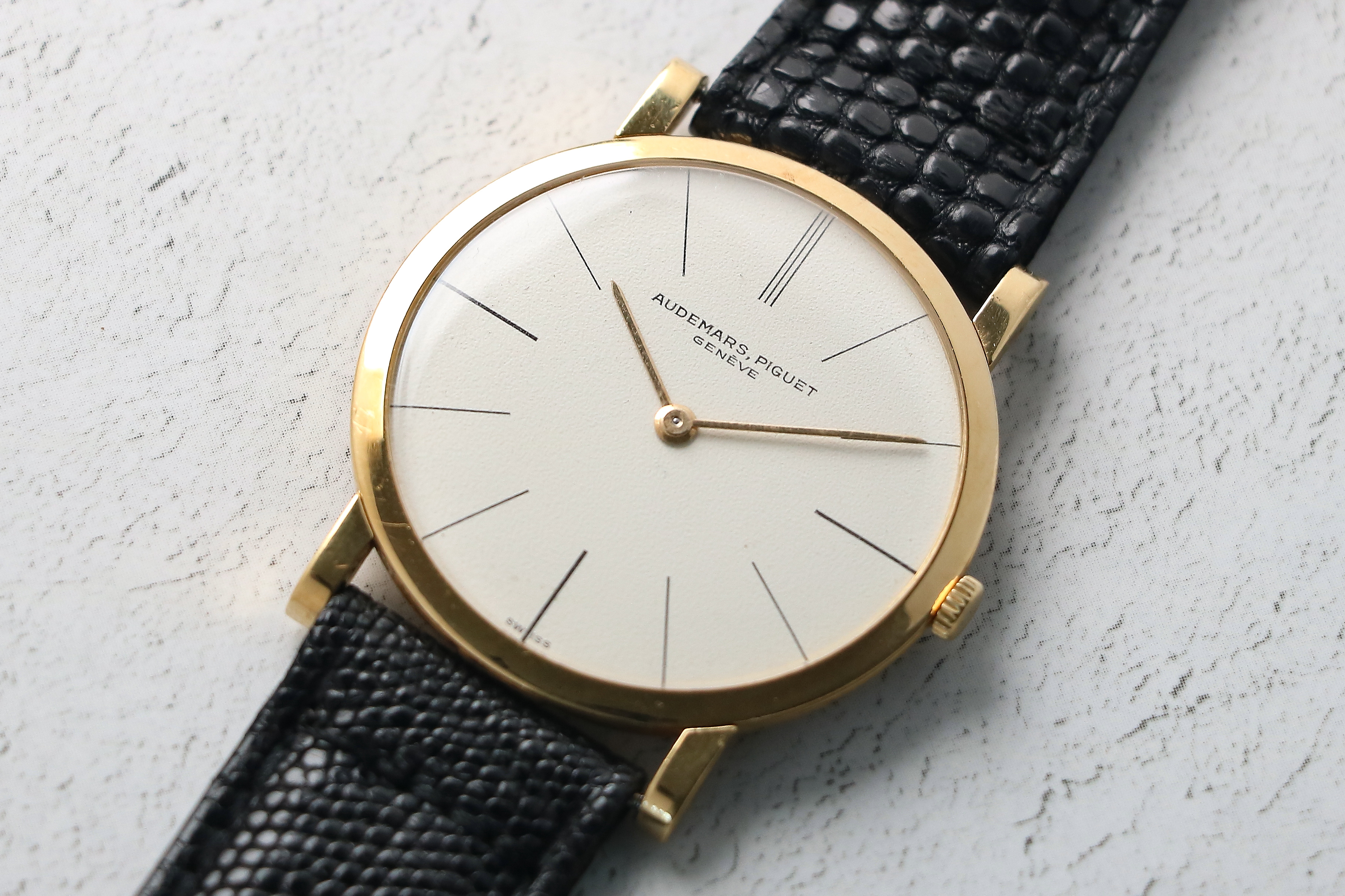 1961 AUDEMARS PIGUET ULTRA THIN 18KT YG • Vintage Watches